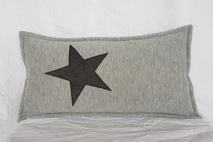 Kleines Kuschelkissen, Nackenkissen aus Sweatshirtstoff in hellgrau mit Stern