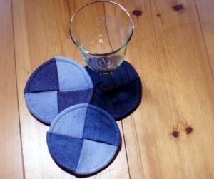 Weinglas_Untersetzer_Jeans_Upcycling_3er-Set_ca.12cm - Handarbeit kaufen