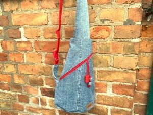 Recycled Jeans Crossbag Grau, Taschengröße ca. 25 x 40 x 15cm (Breite x Höhe x Tiefe)