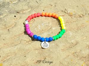 Elastisches Armband ★ Live-Laugh-Love ★ in knalligen Regenbogenfarben