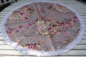 Schönes großes Geschirrhandtuch- in runder Form- aus Toile de Jouy  Leinen- Baumwollspitze- mit  Schmetterling Handgenäht- Unikat