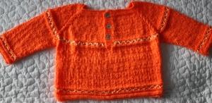 handgestrickter Babypullover- Neon Orange- Größe: 56- 62 cm- 100% Polyacryl- Unikat