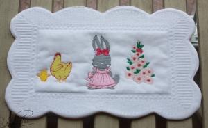 Oster- Platzdeckchen,- Oster-Tischdeckchen,- kleines Osterdeckchen,- Oster- Vesper- Decke, - Handgefertigt - Handarbeit kaufen