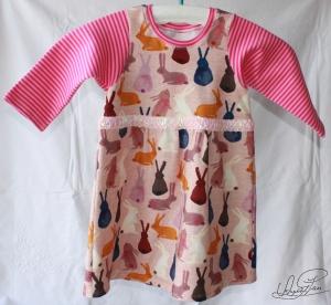 Kleinkind Kleid - Jerseykleid - Häschenmotiv - mit Pailettenband - Größe:  92-98 - Unikat - Handarbeit kaufen