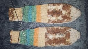 selbstentworfene Designersocken Gr.39/40, handgestrickt mit der 2-Nadel-Technik aus 2 zueinander passenden Markengarnen - Handarbeit kaufen