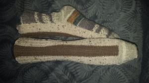 selbstentworfene Designersocken mit interessantem Strickverlauf am Oberfuß, Gr.42/43, handgestrickt mit der 2-Nadel-Technik und hochwertigen Markengarnen - Handarbeit kaufen