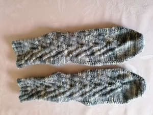 bunte Socken mit interessantem Muster, Gr.39/40, handgestrickt  - Handarbeit kaufen
