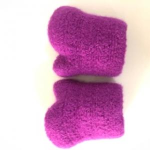 gehäkelt und gefilzte lilafarbene Armstulpen Größe M  - Handarbeit kaufen