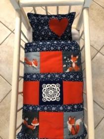 Mit Liebe genähte Puppendecke mit Kissen für Puppenwagen oder Puppenbett - Handarbeit kaufen