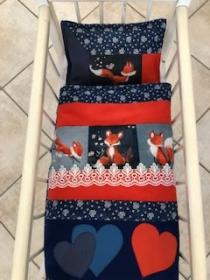 Puppenbett mit Kissen für Puppenwagen oder Puppenbett  - Handarbeit kaufen