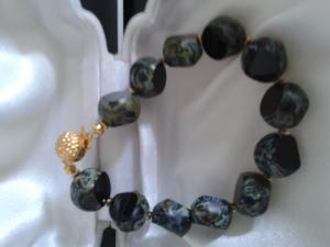 Schmuck Perlen Armband  antike böhmische Tafel-Perlen schwarz travertin 21 cm