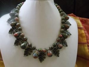 Alina traumhaftes Unakit Collier mit bronze Zweigen Ethno - Handarbeit kaufen
