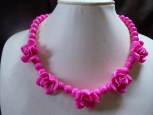 Lady in Pink Harzblumen mit Glasperlen vereint - Handarbeit kaufen