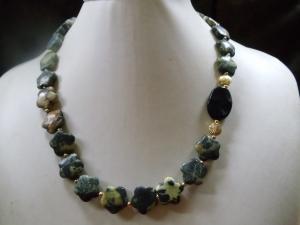 Gelber Türkis mit Onyx Jewelry Neclaces - Handarbeit kaufen