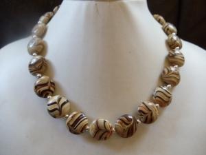 Adda Statement Necklaces Vintage Lamp Work Perlen braun/beige - Handarbeit kaufen