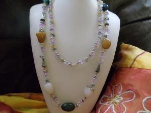 Endloskette mit verschiedenen Achat-Trommelsteinen und Splittern Jewelry Neclces - Handarbeit kaufen