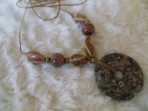 Jaspis Turitella Donut mit handgefertigten Keramik Perlen Hippie Ethno  - Handarbeit kaufen