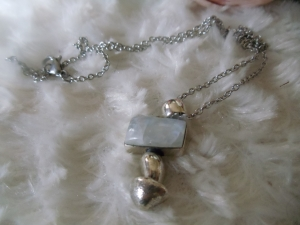 Moon Stone auch weißer Labradorith genannt in Silber gefasst. - Handarbeit kaufen