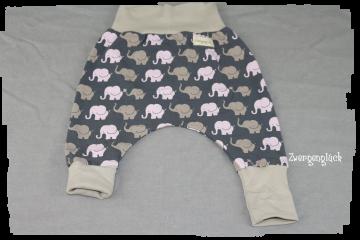 Pumphose lang mit Elafanten in der Größe 68