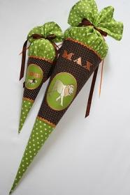 Schultüte Zuckertüte aus Stoff nach Kundenwunsch gefertigt - Handarbeit kaufen