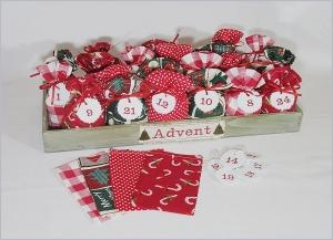 Adventskalender Säckchen in Rot und Grün zum selbsbefüllen - Handarbeit kaufen