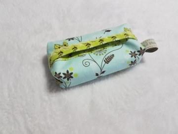 Handgefertigte Taschentuch-Tasche