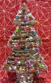Weihnachtsbaum, beleuchtet, dünne Weide,ca 64 cm hoch