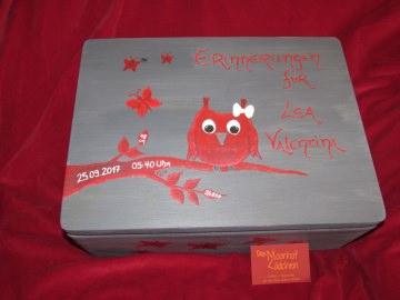 Handbemalte Erinnerungskiste aus Holz mit Eulenmotiv kaufen