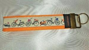 Schlüsselanhänger aus Filz in Orange  - Bunt mit Fahrrädern Unikat Liebevolle Handarbeit - Handarbeit kaufen