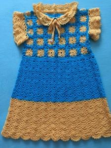 Baby-Kleidchen gelb / blau