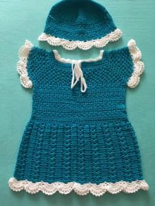 Baby-Kleidchen türkish / weiß