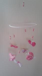Gehäkeltes Mobile Schmetterlinge in pink  rosa pastelltönen
