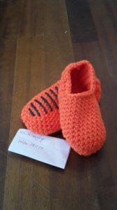 Gehäkelte Hausschuhe für Kinder Größe 29 in orange