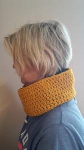 Gehäkelter Loop Schal für Frauen Winter in ocker gelb
