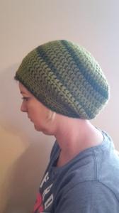 Gehäkelte Mütze Ballonmütze für Frauen Winter in oliv khaki