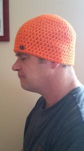Gehäkelte Mütze für Männer, Winter  in leuchtendem orange für z.B. Jagd Jäger