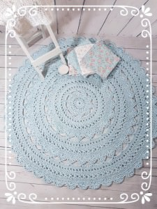 ~•♡•~ Häkelteppich MINOUX 102 cm in zartem bléu aus reiner Baumwolle ~•♡•~