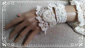 Wunderschönes Manschetten-Armband LUCIENNE in creme weiß