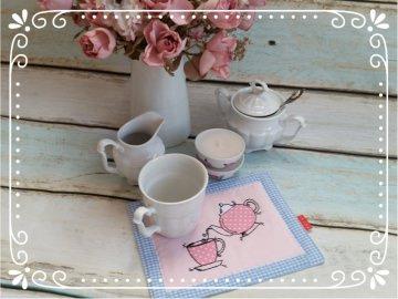 Mug Rug / Untersetzer IT`s TEATIME in rosé - hellblau
