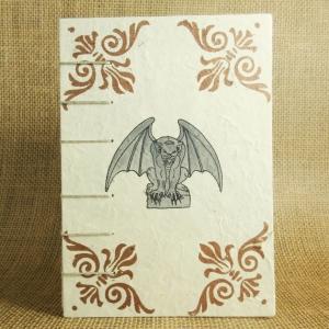 Mittelalterliches Coptic-Stitch-Buch mit Gargoyle und kupfernen Eckornamenten Din A6 - Handarbeit kaufen