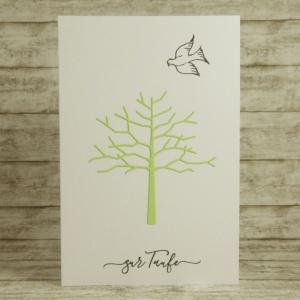 Handgemachte Klappkarte zur Taufe mit Baum und Taube in Grün Din A6 - Handarbeit kaufen