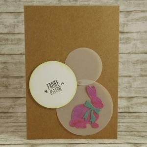 Handgemachte Klappkarte mit Kreisen und großem Hasen mit Schleife in Lila und Türkis Din A6 - Handarbeit kaufen