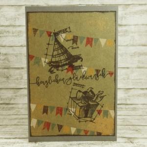 Handgemachte Klappkarte mit Girlanden und Konzeptzeichnungen in Braun, Rot, Gelb und Blau Din A6 - Handarbeit kaufen