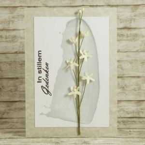 Handgemachte Klappkarte zur Trauer mit Spachtelstreifen und Blütenzweig in Grau Din A6 - Handarbeit kaufen
