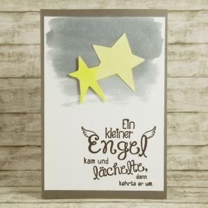 Handgemachte Klappkarte zur Trauer Sternenkind Schmetterlingskind mit Sternen und Spruch in Orange, Gelb und Grau Din A6