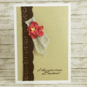 Handgemachte Klappkarte zur Trauer mit Blüte und Spitze in Bordeauxrot und Grau Din A6 - Handarbeit kaufen