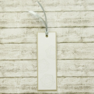 Handgemachtes Lesezeichen aus Papier mit W20 Rollenspiel Würfel in Grau - Handarbeit kaufen
