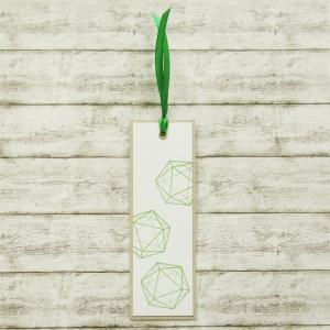 Handgemachtes Lesezeichen aus Papier mit W20 Rollenspiel Würfel in Grün
