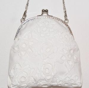 elegante Bügeltasche in weiß / Brauttasche / Handtasche / Umhängetasche / Abendtasche / Schultertasche / Sommertasche