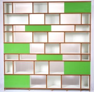 Regal purista move aus MDF, weiß beschichtet, mit grünen Glasscheiben  - Handarbeit kaufen
